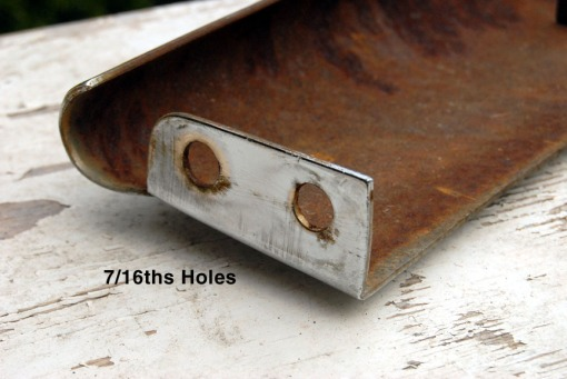 blade-end-7-16ths-holes